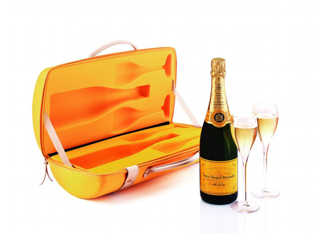 Veuve Clicquot hard shell eva champagne carry travel case with leather handle for 750ml bottle molded insert